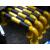 交通U型ガードレールの衝突防止柵ガソリンスタンドの黄黒ガードレール交通施設のU型道路の杭は、車の邪魔具メーカーを厚くしています。